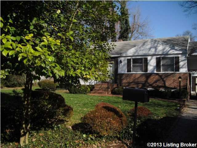 Single Family Home for Rent at 619 Cochran Hill Road Louisville, Kentucky 40206 United States