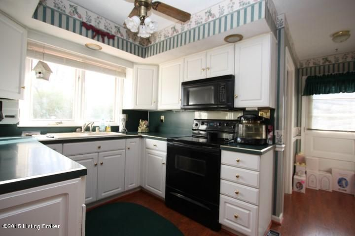 Additional photo for property listing at 213 Clydesdale Trace  Louisville, Kentucky 40223 United States