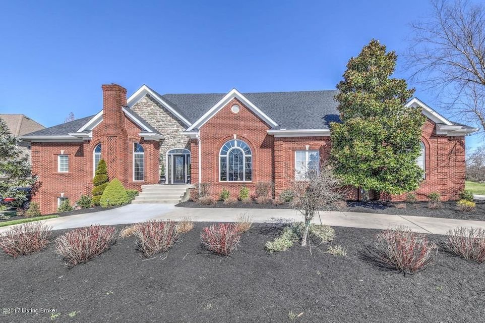 Single Family Home for Sale at 11311 Oakhurst Road Louisville, Kentucky 40245 United States