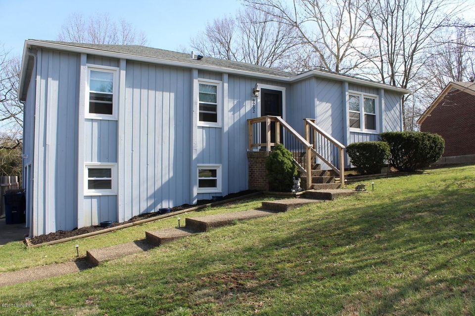 Single Family Home for Sale at 9202 Timothy Place Crestwood, Kentucky 40014 United States