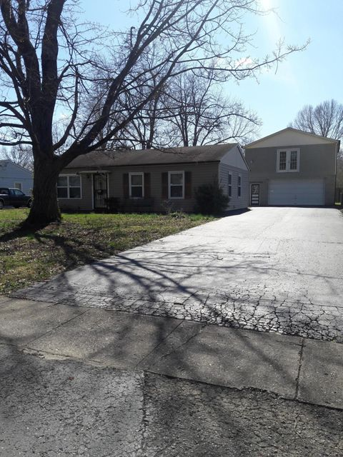 Single Family Home for Sale at 6008 Alanadale Drive Louisville, Kentucky 40272 United States