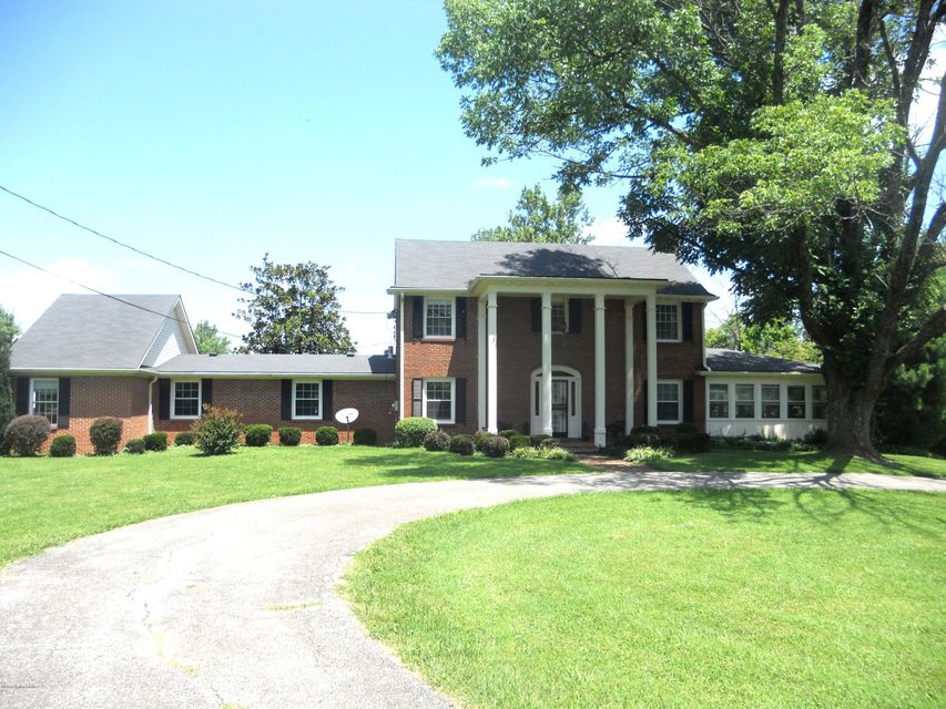 Single Family Home for Sale at 2709 Shelbyville Road Shelbyville, Kentucky 40065 United States
