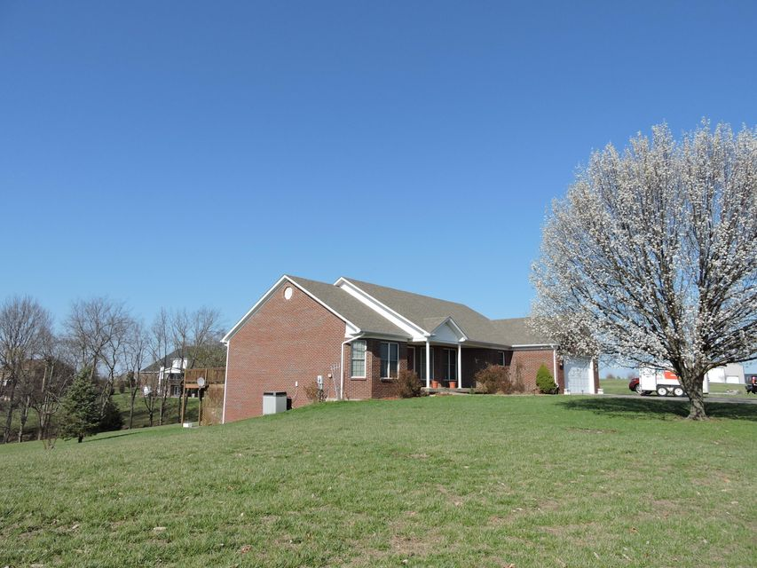 Single Family Home for Sale at 556 Rolling Trail Taylorsville, Kentucky 40071 United States