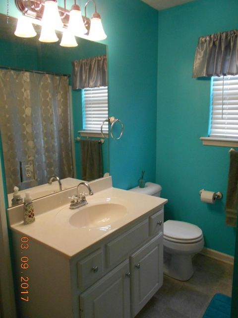 Additional photo for property listing at 286 Woodfield Circle  Shelbyville, Kentucky 40065 United States