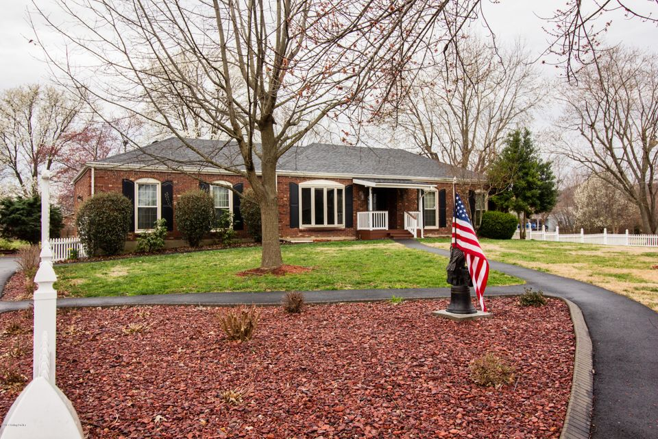 Single Family Home for Sale at 233 N Meyers Road Brooks, Kentucky 40109 United States