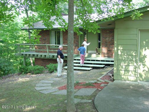 Additional photo for property listing at 892 Lakeshore Pkwy 892 Lakeshore Pkwy Brandenburg, Kentucky 40108 United States
