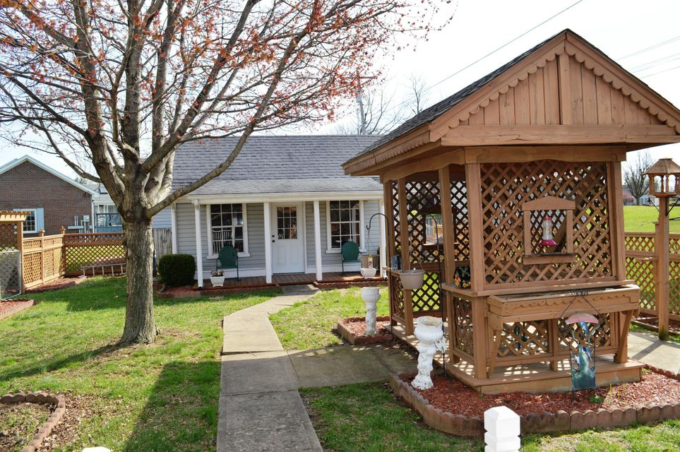 Additional photo for property listing at 182 Lazy River North Pkwy  Shepherdsville, Kentucky 40165 United States