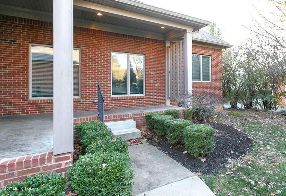 Additional photo for property listing at 3919 Brownsboro Road  Louisville, Kentucky 40207 United States