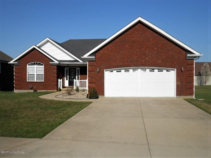 Single Family Home for Sale at 205 S Rushmore Drive Vine Grove, Kentucky 40175 United States