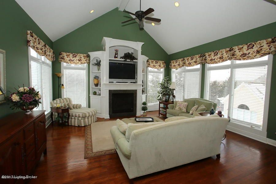 Additional photo for property listing at 312 Longview Park Place  Louisville, Kentucky 40245 United States