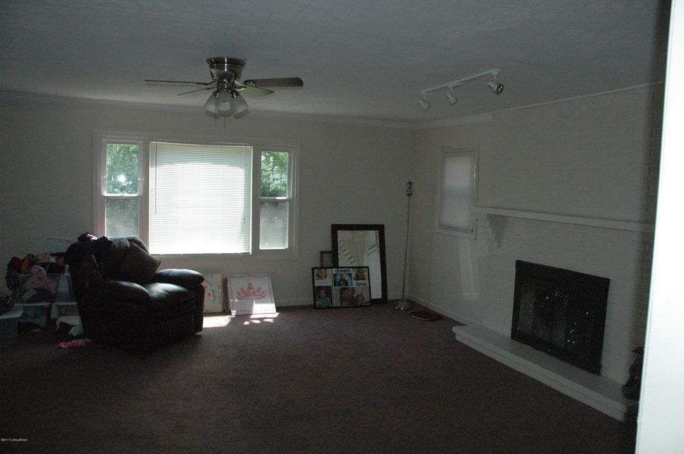 Additional photo for property listing at 2030 Bruce Avenue  Louisville, Kentucky 40218 United States