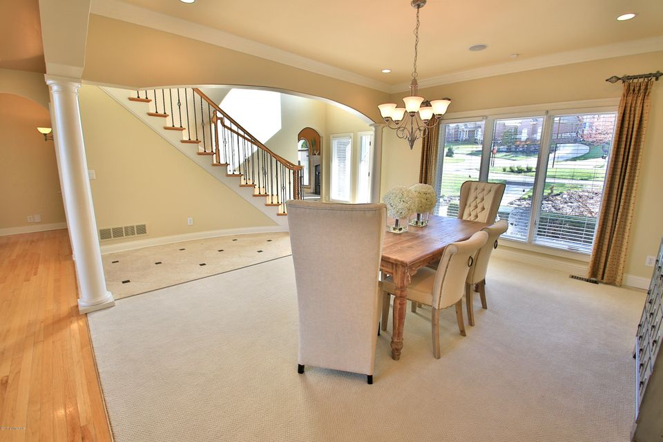 Additional photo for property listing at 18727 Weatherford Circle  Louisville, Kentucky 40245 United States
