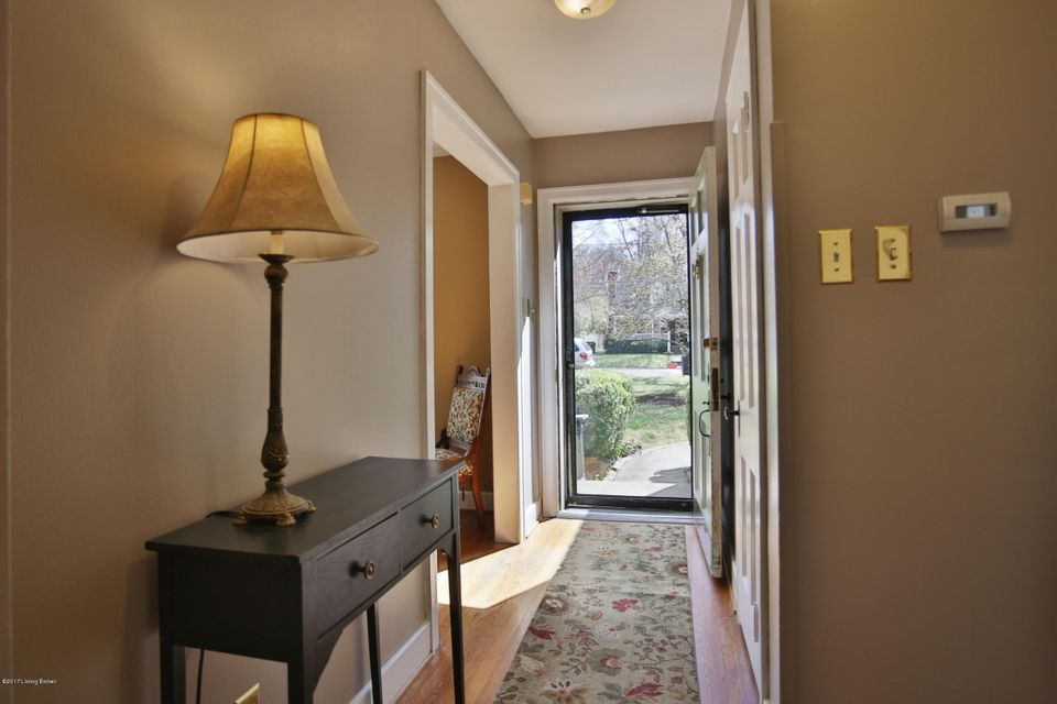 Additional photo for property listing at 2925 Field Avenue  Louisville, Kentucky 40206 United States