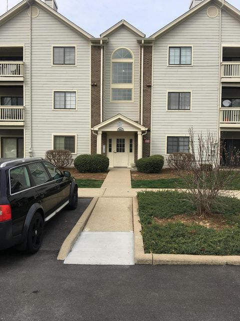 Condominium for Sale at 3903 Yardley Court Louisville, Kentucky 40299 United States