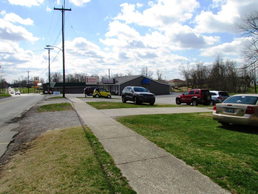 Additional photo for property listing at 5513/5533 MAIN 5513/5533 MAIN Eminence, Kentucky 40019 United States