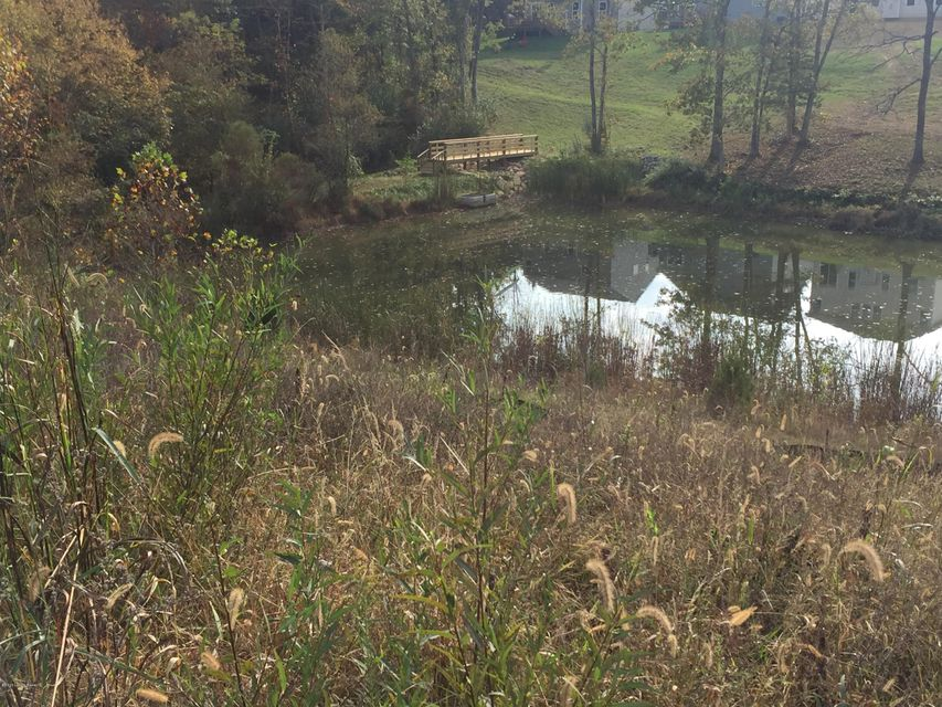 Additional photo for property listing at 5603 Poplar Lakes Lane  Louisville, Kentucky 40299 United States