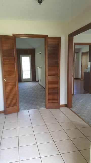 Additional photo for property listing at 8507 LEYTON Court  Louisville, Kentucky 40222 United States