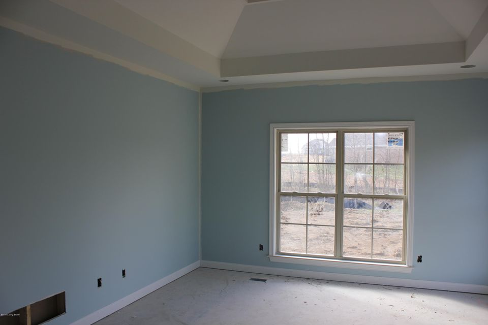 Additional photo for property listing at 2703 Heather Green Blvd  La Grange, Kentucky 40031 United States