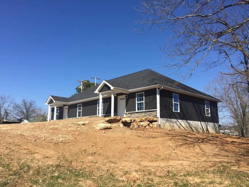 Single Family Home for Sale at 410 Burnett Avenue Brandenburg, Kentucky 40108 United States
