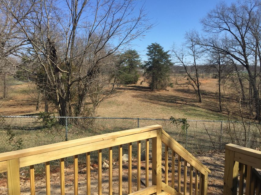 Additional photo for property listing at 410 Burnett Avenue  Brandenburg, Kentucky 40108 United States