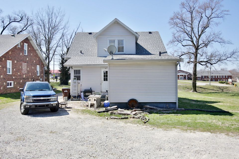 Additional photo for property listing at 6005 Bardstown  Louisville, Kentucky 40291 United States