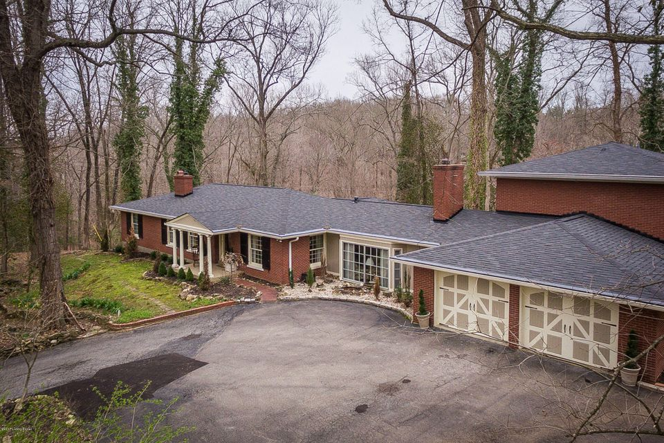 Single Family Home for Sale at 8110 Wolf Pen Branch Road Prospect, Kentucky 40059 United States