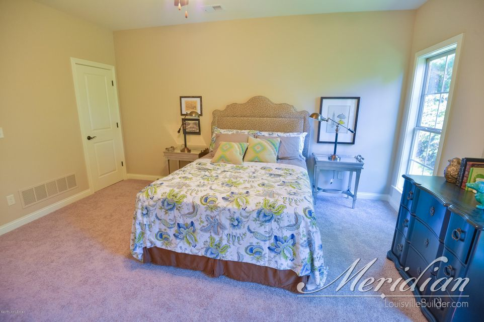 Additional photo for property listing at 14004 Thomas Ridge Drive  Louisville, Kentucky 40245 United States