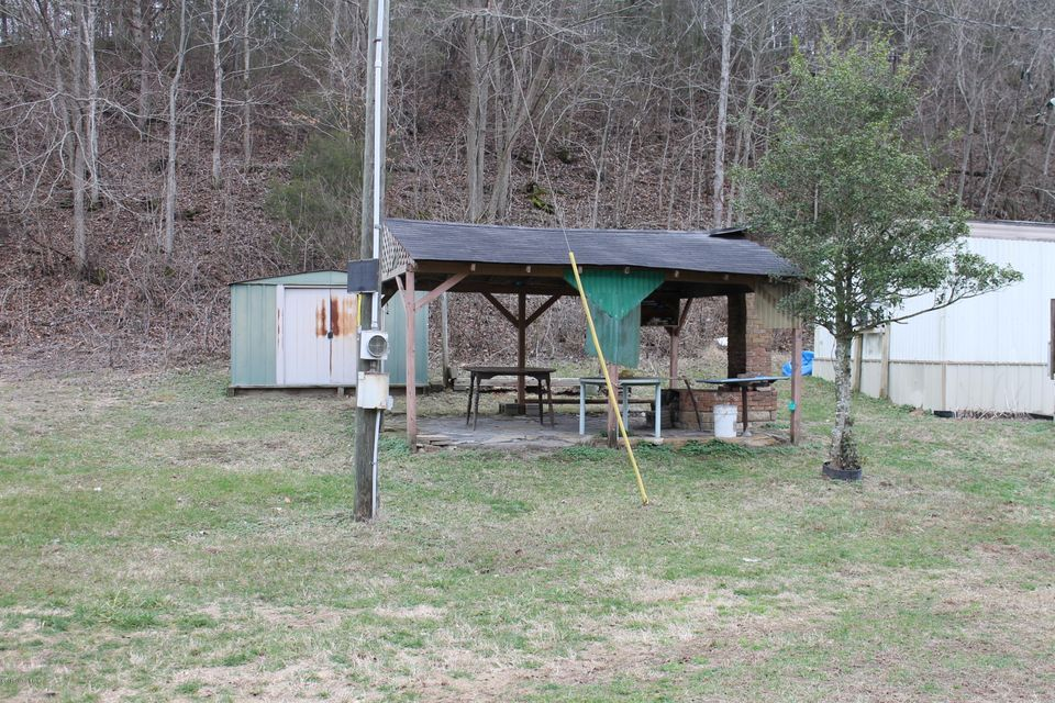 Additional photo for property listing at 3800 Chestnut Grove  Columbia, Kentucky 42728 United States