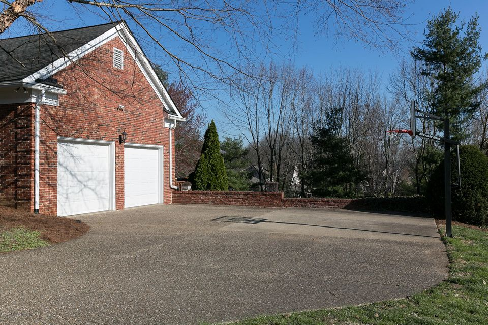 Additional photo for property listing at 13004 Surrey Road 13004 Surrey Road Goshen, Kentucky 40026 United States