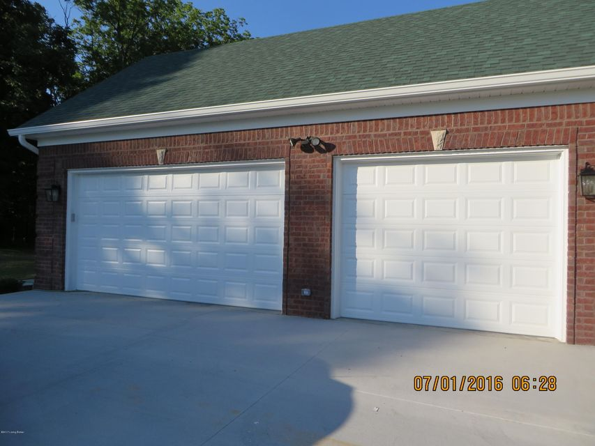 Additional photo for property listing at 3911 Ballard Woods Drive  Smithfield, Kentucky 40068 United States