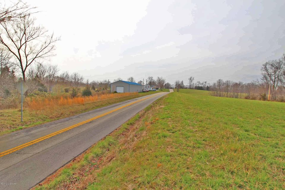 Additional photo for property listing at 8900 Benson 8900 Benson Bagdad, Kentucky 40003 United States