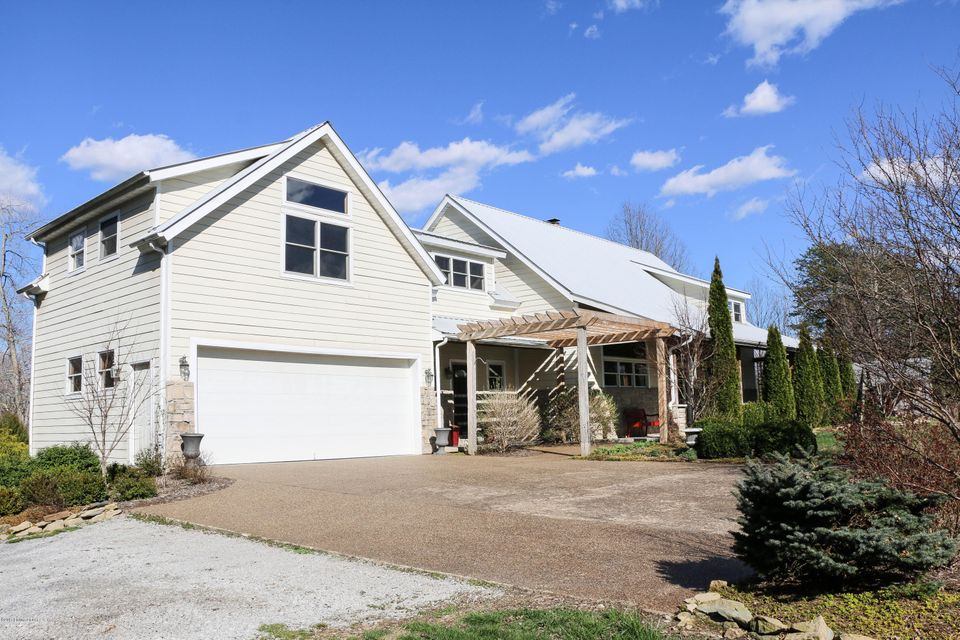 Additional photo for property listing at 747 Bentley Road  Campbellsville, Kentucky 42718 United States