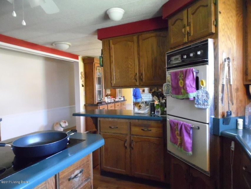 Additional photo for property listing at 1409 Johnson Road  Lawrenceburg, Kentucky 40342 United States