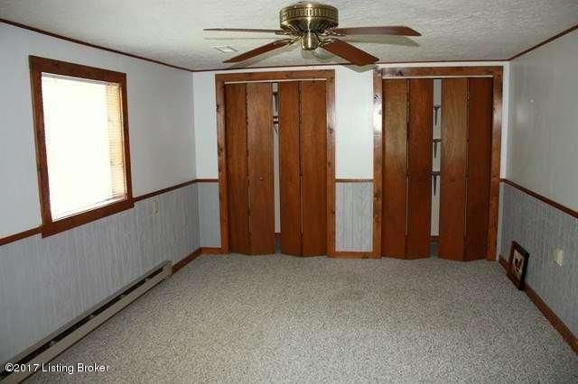 Additional photo for property listing at 712 W Rhudes Creek Road  Glendale, Kentucky 42740 United States