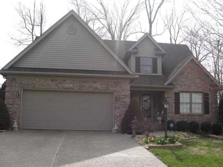 Single Family Home for Sale at 4303 Silver Oaks Court Louisville, Kentucky 40272 United States