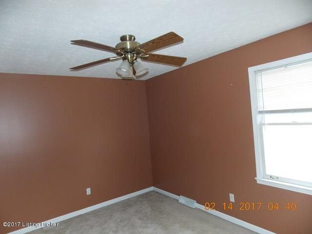 Additional photo for property listing at 1045 Lakeshore Pkwy  Brandenburg, Kentucky 40108 United States