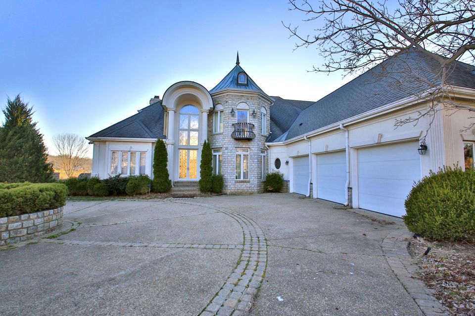 Single Family Home for Sale at 1604 Polo Club Court Louisville, Kentucky 40245 United States