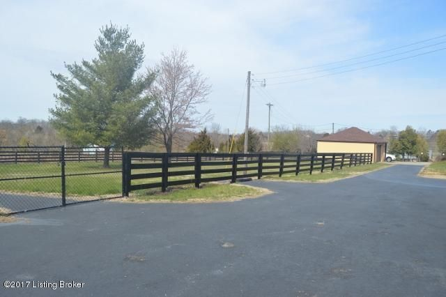 Additional photo for property listing at 2750 Greenbriar Road  Mount Washington, Kentucky 40047 United States