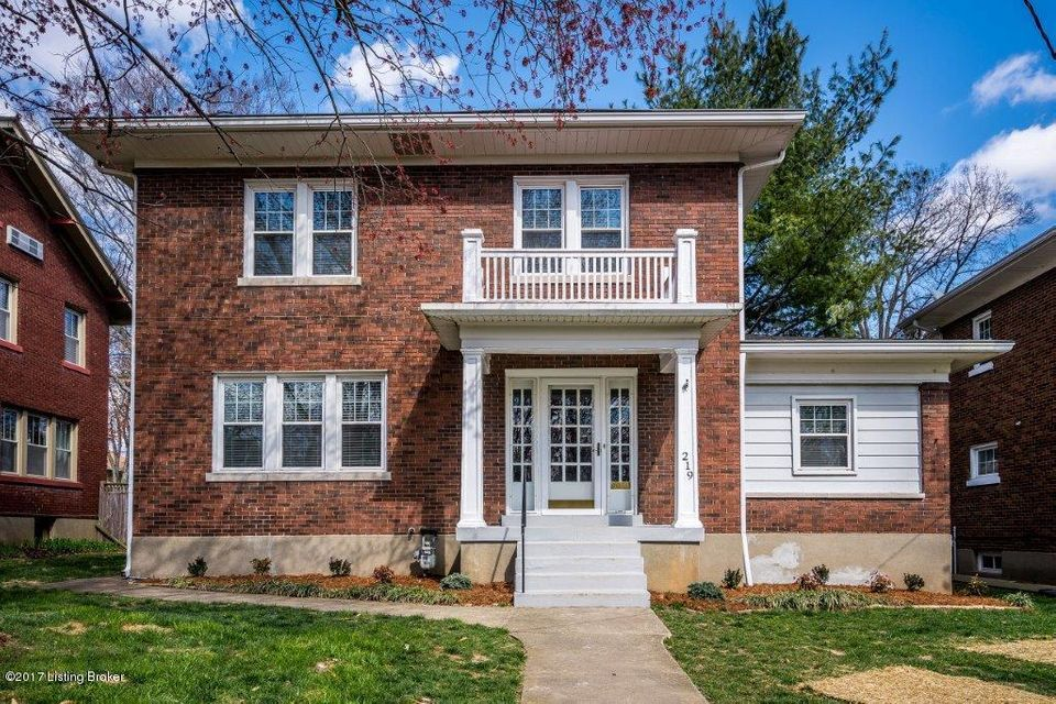 219 Pleasantview Ave, Louisville, KY 40206