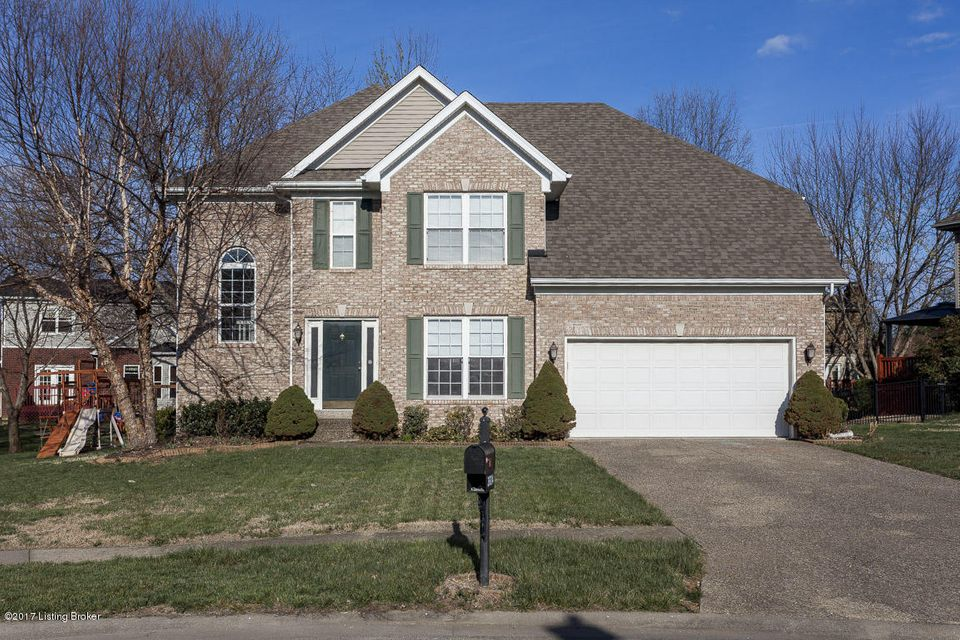 Single Family Home for Sale at 3604 Briarglen Lane Louisville, Kentucky 40220 United States
