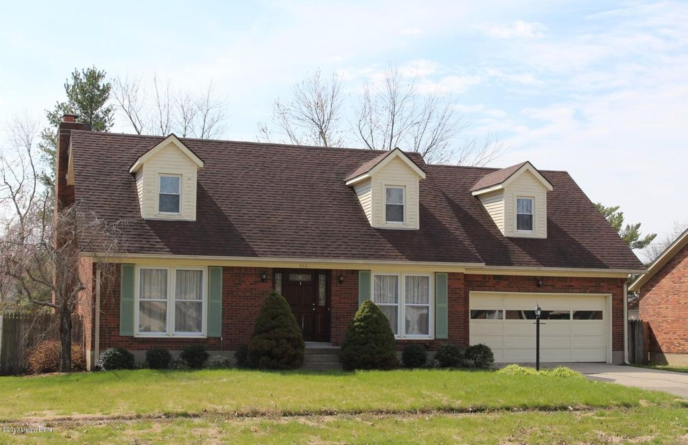Single Family Home for Sale at 316 Old Towne Road Louisville, Kentucky 40214 United States