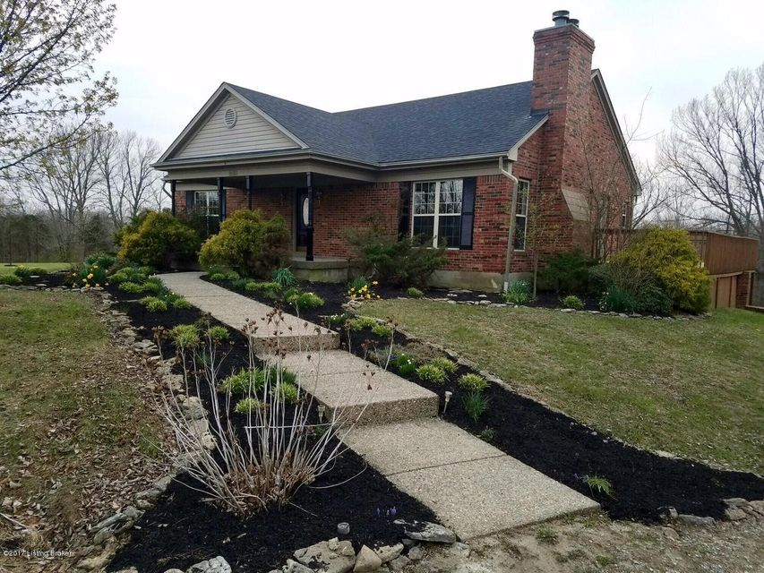 Single Family Home for Sale at 9560 Routt Road Louisville, Kentucky 40299 United States