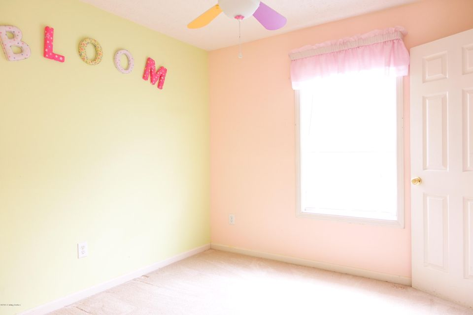 Additional photo for property listing at 5814 Waveland Circle  Prospect, Kentucky 40059 United States