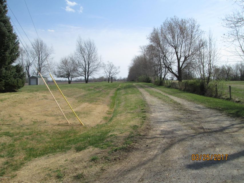 Additional photo for property listing at Robin  Shepherdsville, Kentucky 40165 United States