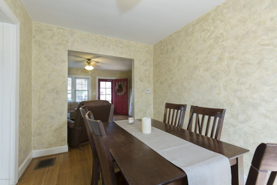 Additional photo for property listing at 4214 Winchester Road  Louisville, Kentucky 40207 United States