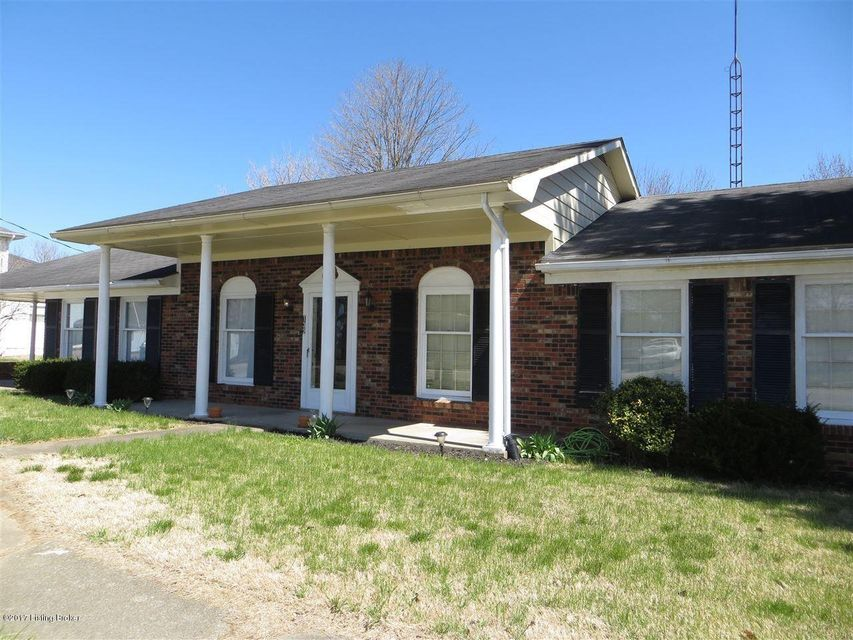 Additional photo for property listing at 132 N Walnut Street  Upton, Kentucky 42784 United States