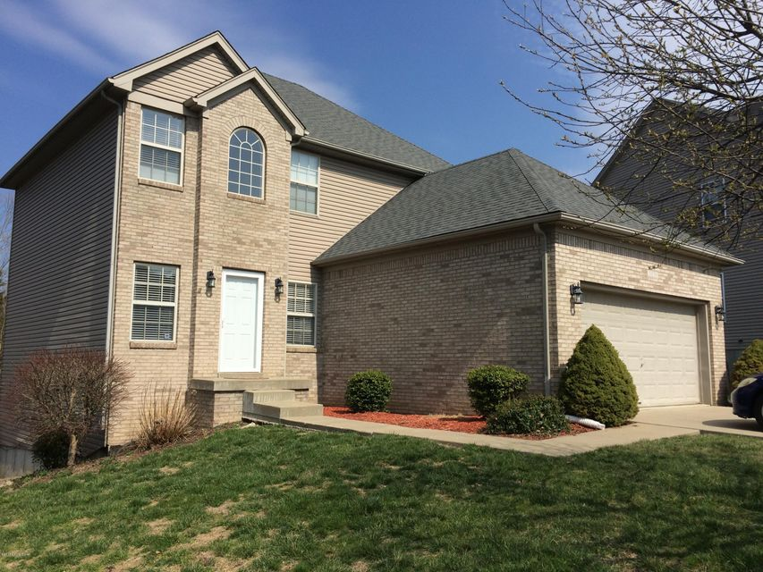 Single Family Home for Rent at 11030 Symington Circle Louisville, Kentucky 40241 United States