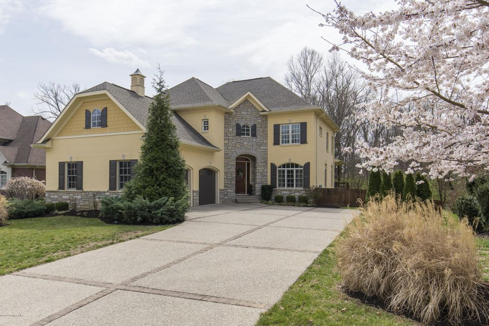Single Family Home for Sale at 1618 Two Springs Place Louisville, Kentucky 40207 United States