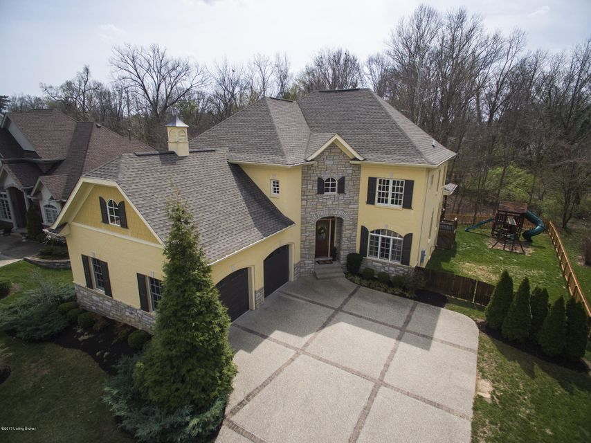 Additional photo for property listing at 1618 Two Springs Place  Louisville, Kentucky 40207 United States