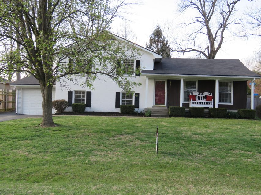 Single Family Home for Sale at 10203 Staunton Road Louisville, Kentucky 40223 United States